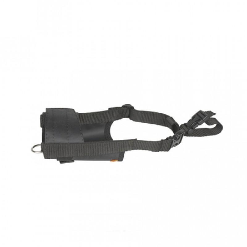 Collar Dog Extreme Намордник с полукольцом, обхват морды 19-26 см, черный
